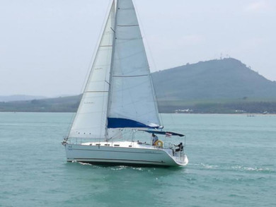 Hire sailboat Cyclades 393 in Phuket city - Phuket