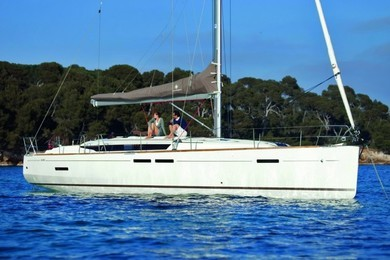 Hire sailboat JEANNEAU SO 449 in Sant Antoni de Portmany - Ibiza (Balearic Islands)