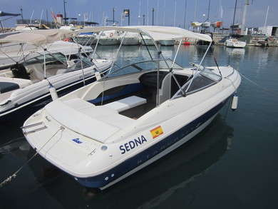Rental motorboat Starcraft - 6,30 m in Malaga city - Malaga