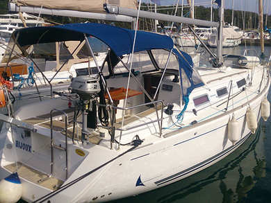 Hire sailboat Dufour 325 in Pula - Istria