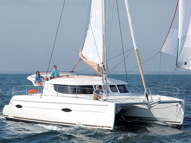 Hire catamaran Lipari 41 Owner version in Sao Vicente city - Sao Vicente