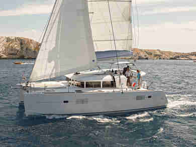 Hire catamaran Lagoon 400 in  - Majorca (Balearic Islands)