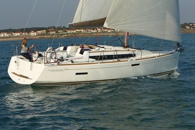 Rental sailboat Sun Odyssey 379 in Portisco - Olbia-Tempio (Sardinia)