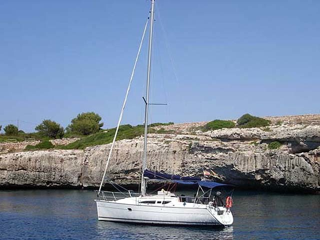 Charter sailboat Sun Odyssey 32i in Sibenik city - Sibenik