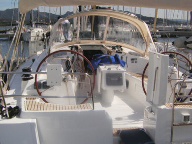 Hire sailboat Oceanis 43 in Portisco - Olbia-Tempio (Sardinia)