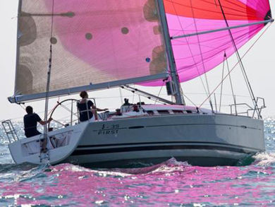 Hire sailboat First 35 in Portisco - Olbia-Tempio (Sardinia)