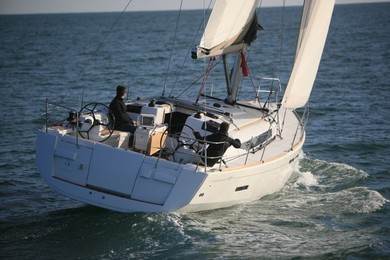 Rental sailboat JEANNEAU SO 439 in Sant Antoni de Portmany - Ibiza (Balearic Islands)