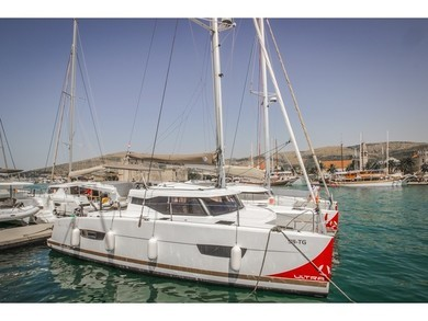 Rental catamaran Lucia 40 FP in Trogir - Split