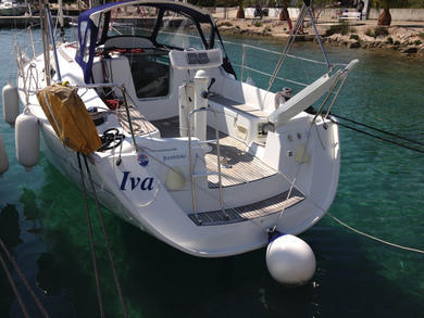 Hire sailboat Sun Odyssey 32i in Rogoznica - Sibenik