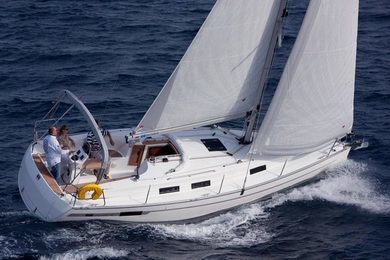 Hire sailboat Bavaria Cruiser 32 in  - Stockholm