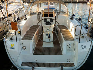 Hire sailboat Bavaria Cruiser 32 in Portisco - Olbia-Tempio (Sardinia)