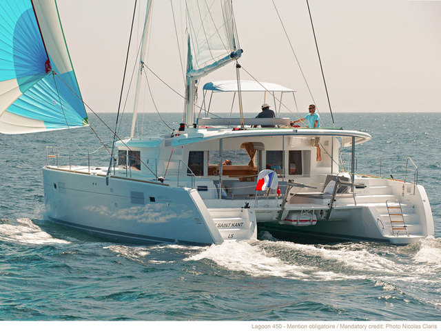 Hire catamaran Lagoon 450F in Kaštel Gomilica - Split