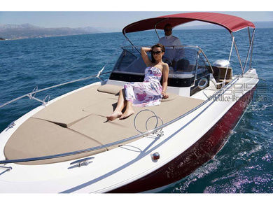 Charter motorboat Atlantic 655 Sun Cruiser in Pula - Istria