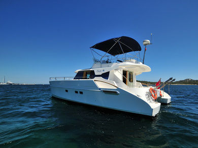 Rental motorboat Maryland 37 in Portisco - Olbia-Tempio (Sardinia)