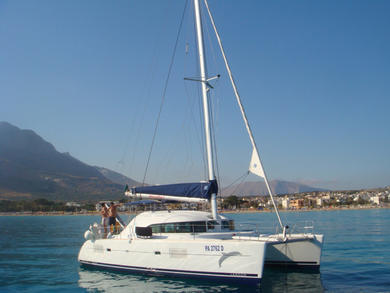 Charter catamaran Lagoon 380 in Palermo city - Palermo