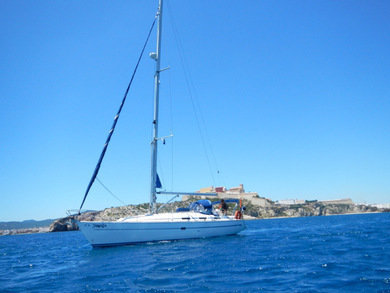 Charter sailboat Bavaria Cruiser 38 in  - Azores