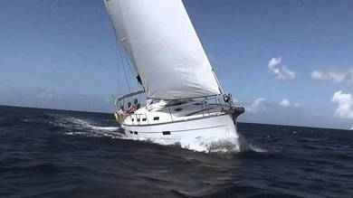 Hire sailboat Bavaria 32 Cruiser in Ibiza city - Ibiza (Balearic Islands)