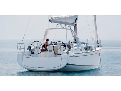 Hire sailboat Oceanis 35.1 in Portisco - Olbia-Tempio (Cerdeña)