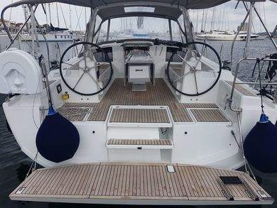 Rental sailboat Oceanis 41.1 in Cannigione - Olbia-Tempio (Cerdeña)