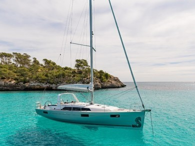 Rental sailboat Oceanis 41.1 in Cannigione - Olbia-Tempio (Sardinia)