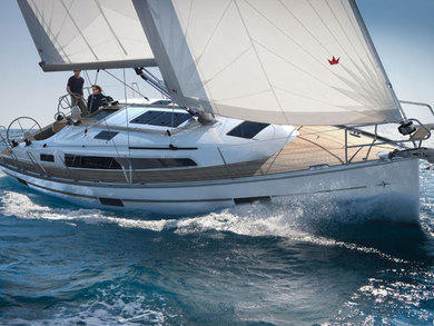 Charter sailboat Bavaria Cruiser 37 in Portisco - Olbia-Tempio (Sardinia)