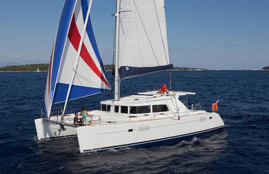Hire catamaran Lagoon 400 S2 in Olbia city - Olbia-Tempio (Sardinia)
