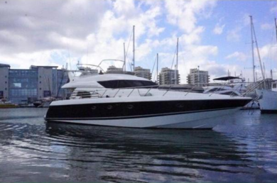 Hire motorboat Sunseeker Manhattan 62 in Port de Alcudia - Majorca (Balearic Islands)
