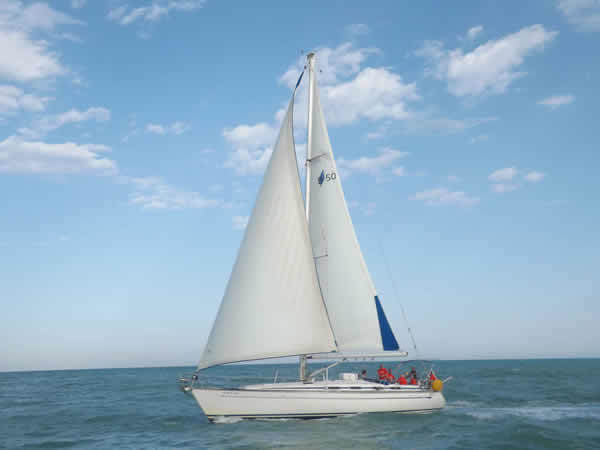 Charter sailboat Bavaria 50 in Valencia city - Valencia