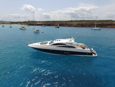 Charter exclusive yacht Sunseeker Predator 72 in Ibiza city - Ibiza (Balearic Islands)