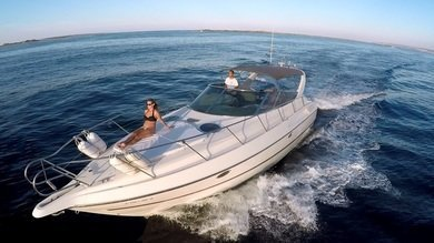 Hire motorboat Cranchi Endurance 39 in Ibiza city - Ibiza (Balearic Islands)
