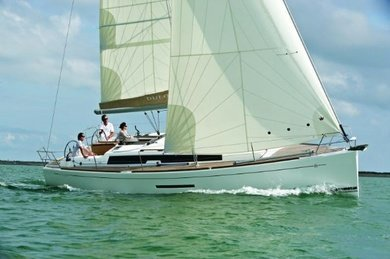 Charter sailboat Dufour 380 / 2 cbs in Pula - Istria