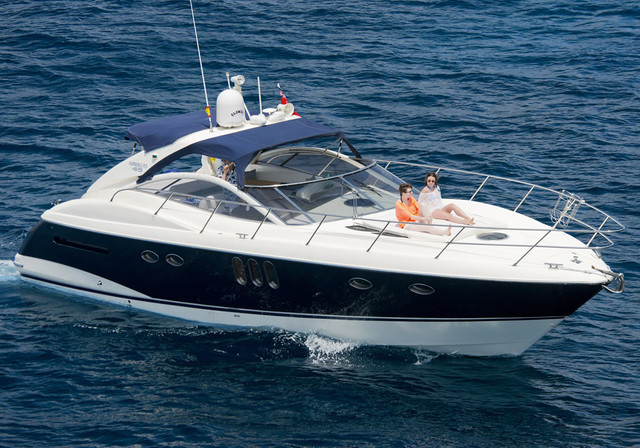 Hire motorboat ABSOLUTE 45 in Calvia - Västra Götaland