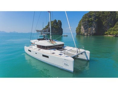 Charter catamaran Lagoon 52f in Phuket city - Phuket