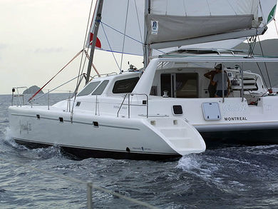 Hire catamaran Voyage 440 in Palma de Mallorca - Majorca (Balearic Islands)