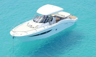 Charter motorboat SESSA KEY LARGO 34 in Ibiza city - Ibiza (Balearic Islands)
