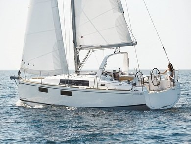 Hire sailboat Beneteau Oceanis 35.1 in Split city - Split
