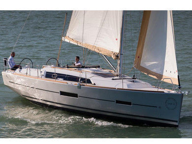 Charter sailboat Dufour 382 GL in  - Istria