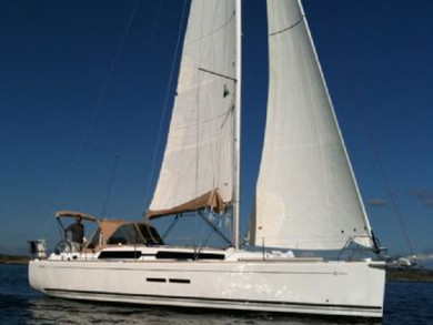 Hire sailboat Dufour 375 GL in Dubrovnik city - Dubrovnik-Neretva