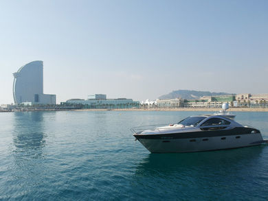 Rental motorboat Prinz 54 Coupe in Barcelona city - Barcelona