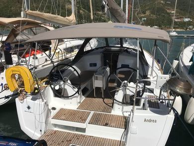 Hire sailboat Sun Odyssey 349 in  -