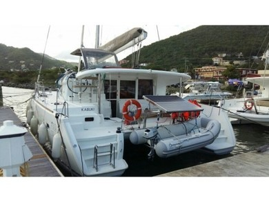 Hire catamaran Lagoon 400 S2 in  -