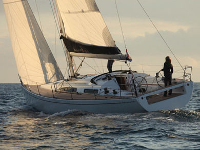 Hire sailboat Salona 44 Performance in Palma de Mallorca - Majorca (Balearic Islands)