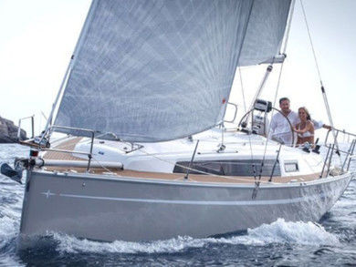Charter sailboat Bavaria Cruiser 33 in Pula - Istria