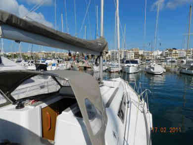 Rental sailboat Sun Odyssey 33i in Port de Pollensa - Majorca (Balearic Islands)