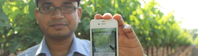 Demonstration of Yara CheckIT in the field