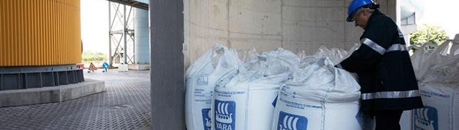 Yara fertilizer bags