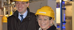 CEO Torgeir Kvidal and Minister of Trade and Industry Monica Mæland