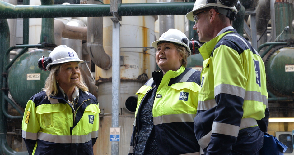 Erna Solberg and Monica Mæland at Yara Porsgrunn plant