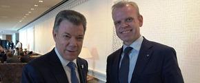 Svein Tore Holsether and Colombian President Juan Manuel Santos