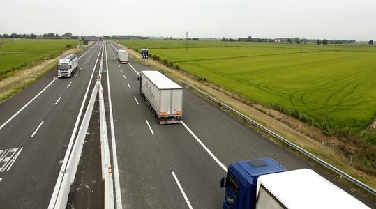 Rekat moottoritiellä